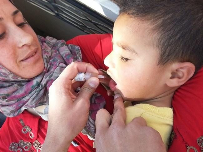 بدء حملة للتقليح ضد شلل الأطفال في دير الزور