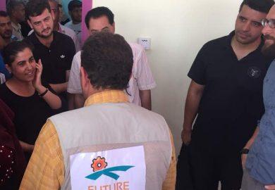 صناع المستقبل يقومون بإزالة الركام بالتنسيق مع البلدية في الرقة