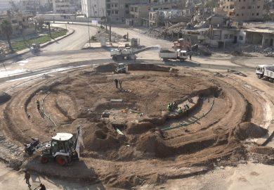 المراحل الاخيرة للانتهاء من مشروع دوار النعيم في الرقة