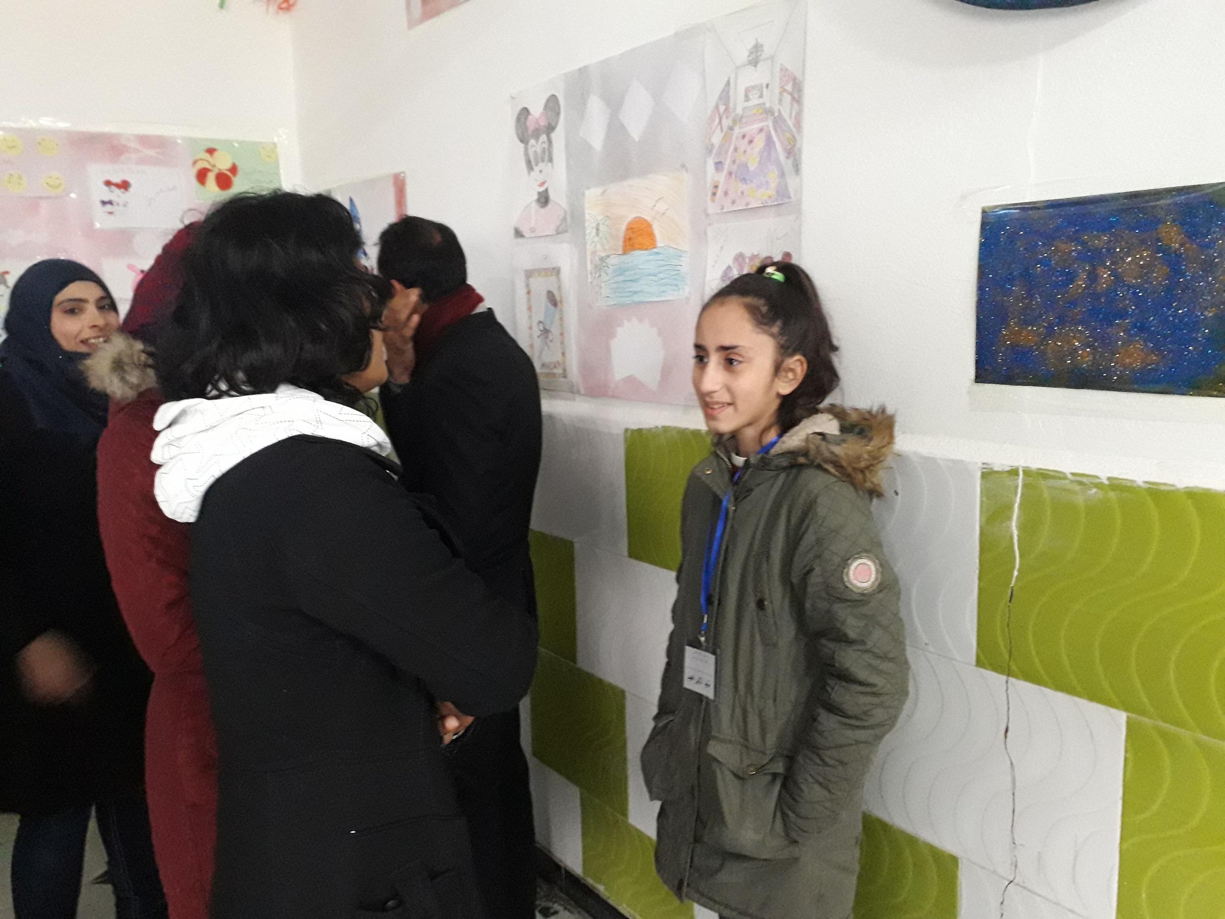 إقامة معرض لفن الأطفال في الرقة