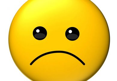 خمسة أعراض تشير إلى إصابتك بـالاكتئاب المبتسم