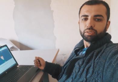قصة أحمد في البحث عن وظيفة