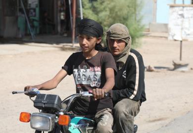 مقابلة – عمار حبيب، رئيس دائرة النقل الداخلي في بلدية الشعب بالرقة، وقرار منع الموتورات في المدينة