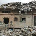 قصة أبو حمزة الرقاوي: عامل استخراج للحديد من البيوت المهدمة