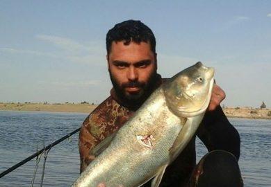 الوضع الحالي للثروة السمكية وصيد الأسماك في دير الزور مع مراسلنا باسم عزيز
