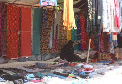 لقاء مع أم سناء من الرقة صاحبة محل إكسسوارات نسائية