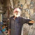 مروان العلي، صاحب محل خردوات وأدوات منزلية في الرقة