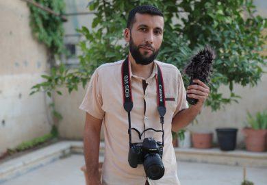 هل مشروع منظمة نواة سيوفر الكهرباء النظامية في بعض شوارع مدينة الرقة مع عبد الرزاق