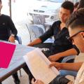 اختيار طلاب التاسع بعد النجاح للثانوية الأساسية او المهنية مع الموجهة التربوية الهام حبش