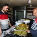أبو عيسى، قصة نزوح وشقاء من عفرين وصولاً إلى افتتاح محل ناجح للألبان في الرقة